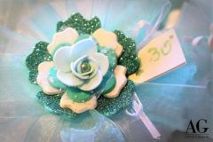 Bomboniera per 30 anni di matrimonio con fiore petaloso coIore tiffany